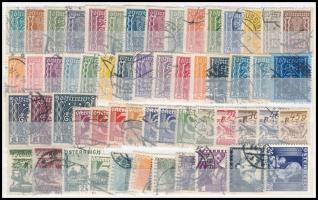 Ausztria 1922-1936 56 db bélyeg, köztük hiányos sorok, jobb értékek is