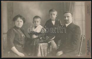 1915 Budapest, Czeglédy Sándor fényképész műtermében készült keményhátú vintage fotó, 13x21,2 cm