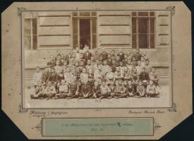 1894 Budapest, a Markó utcai Főgimnázium II. osztályának csoportképe, Halácsy fényképész felvétele, 13,8x20,5 cm, karton 19,5x27 cm