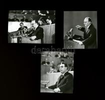 cca 1960-as évek, Kádár János (1912-1989) politikus és Leonyid Iljics Brezsnyev (1906-1982) szovjet politikus, Kotnyek Antal (1921-1990) budapesti fotóriporter hagyatékából 3 db NEGATÍV, 3,5x3,2 cm és 3,2x4,5 cm között