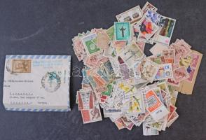 426 db külföldi bélyeg, köztük több mint 300 db Berlin, ömlesztve kis dobozban