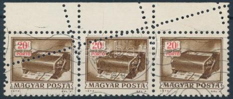 1973 Képes portó 20f hármascsík látványosan elfogazva / Mi P 242 stripe of 3 with shifted perforation