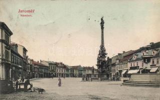 Jaromer, Mánestí / square