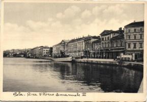 Pula, Pola; Riva Vittorio Emanuele III, Garage Miramar / port, garage, steamship