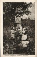 Girls praying for their fathers on the front, Első világháborús lap, kislányok imádkoznak az apjukért, Érdekes Újság