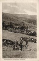 Gun emplacement in the mountains of Monte Negro, soldiers of the Austro-Hungarian Army, WWI, Ágyúfedezék a montenegrói hegyekben, a K.u.K. hadsereg katonái, I. világháború, az Érdekes Újság kiadása