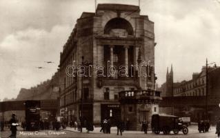 Glasgow, Mercat Cross with the shop of Harris, autobus, automobile