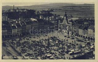 Ceske Budejovice, Böhmisch-Budweis; Masarykplatz / square, market place, automobiles