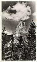 Cheile Bicazului, Bicaz Canyon; Piatra Altarului / rock, Békás-szoros, Oltárkő