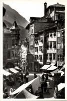 Bolzano, Bozen; Piazza delle Erbe / fruit market