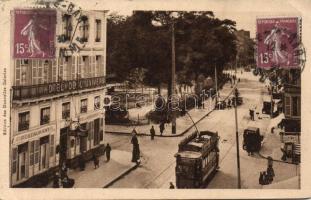 Amiens, Rue de Noyon, Square René Goblet Hotel de l´Univers / street, square, hotel and restaurant, tram
