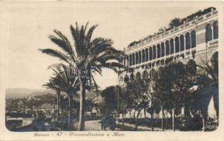 Genoa, Genova; Circonvallazione a Mare / promenade