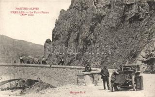 Hautes-Alpes, Prelles, Le Pont Roux / bridge, automobile