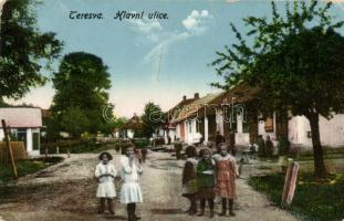 Taracköz, Teresva; Hlavni ulice / fő utca / main street, children (EB)
