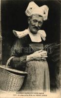 La Bretagne pittoresque 3067. La plus jolie Fille de Pont-Aven / Men in female dress from Pont-Aven, Bretagne, travesti humour, Transvestite, Férfi női ruhában, humor