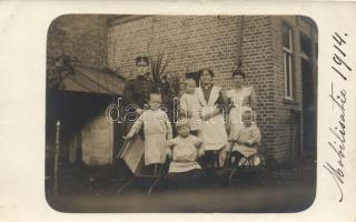 1914 Mobilisatie / Military WWI, soldier with his family, real photo