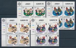 1989 4 db Európa: gyerekjátékok sakk sor ívsarki négyestömbökben Mi 476-479
