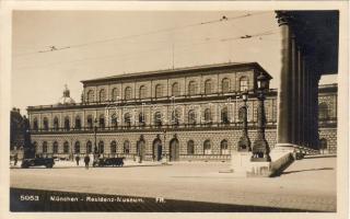 München Residenz Museum, autómobil, München Residenz Museum, automobile