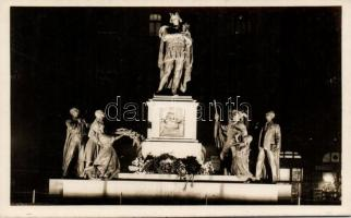 Budapest XI. Szent Imre herceg szobra