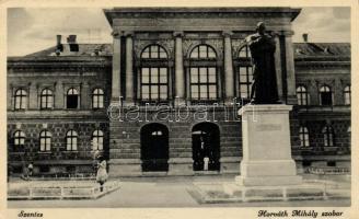 Szentes, Horváth Mihály szobor