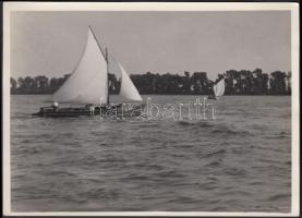 1935 Kinszki Imre (1901-1945): Déli szél Nógrádverőcénél, vintage fotó, a szerző kézírásával feliratozva, a szerző hagyatékából, 13x18 cm