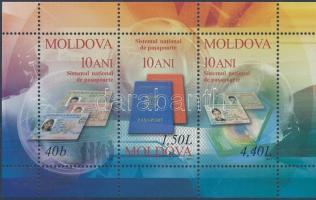 2005 10 éves moldáv személyazonosítás-dokumentumok blokk Mi 34