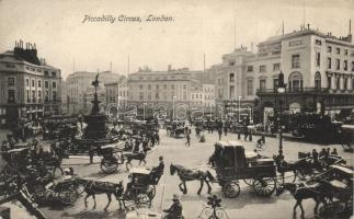 London, Piccadilly Circus / Horse-drawn carriages