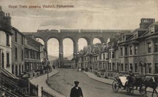 Folkestone, Royal Train passing Viaduct (EK)