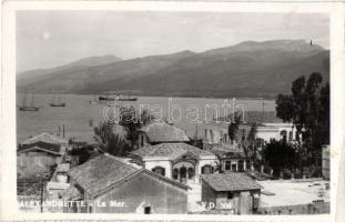 Iskenderun, Alexandrette; La Mer / sea, ships (EK)