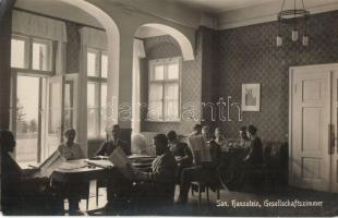 Hausstein, Gesellschaftszimmer