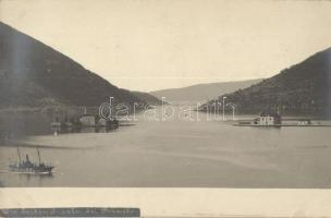Perast, Beiden Inseln / two islands, steamship