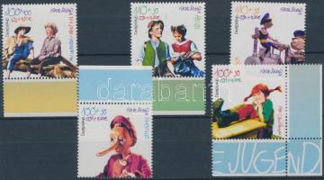 2001 Ifjúság: gyermek- és ifjúsági könyvek alakjai ívszéli és ívsarki sor Mi 2190-2194