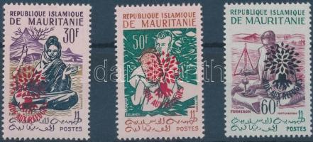 1962 Menekültek nemzetközi éve felülnyomott sor Mi III II - V II