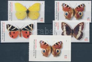 2005 Őshonos lepkék sor + öntapadós bélyeg Mi 2500-2504