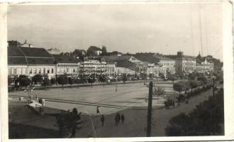 Marosvásárhely, Főtér / Main square, bank, pharmacy (fa)