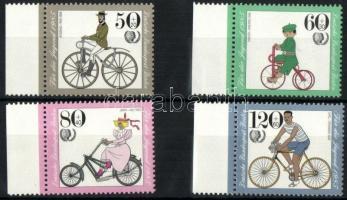 1985 Jugend: Régi biciklik ívszéli sor Mi 735-738