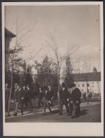 1928 di Monza olasz nagykövet és Antonio Cippico szentor a budapesti egyetemi telepen / Italian ambassador and Count Antonio Cippico Senator in the Budapest campus 11x9 cm