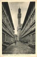 Firenze, Portico degli Uffizi, Torre di Arnolfo / porch, tower, automobiles
