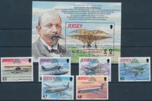 2003 100 éves a motoros repülés sor Mi 1062-1067 + blokk 36
