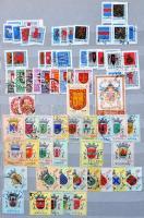 Címerek motívumgyűjtemény több mint 500 különféle bélyeg + másodpéldányok + kevés régebbi angol forgalmi bélyeg 8 lapos A/4 berakóban
