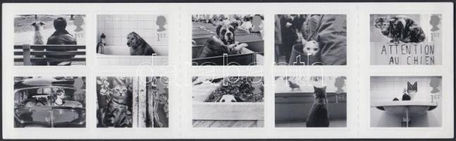 2001 Kutyák és macskák bélyegfüzet öntapadós bélyegekkel MH-MiNr. 0-253