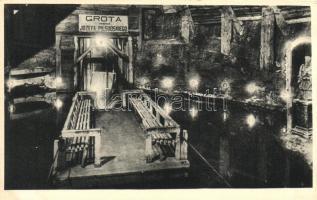Wieliczka, Lake in the room of Pilsudski, interior