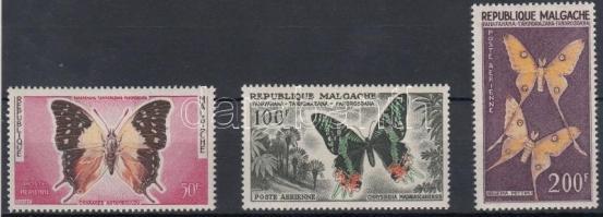 1960 Légiposta: 3 klf Lepke bélyeg Mi 457-459