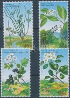 2004 Vörös Könyv a veszélyeztetett növény- és állatfajokról: virágzó bokrok és fák sor Mi 501-504