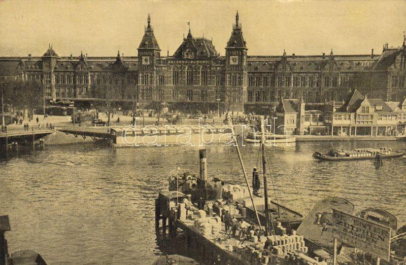 Amsterdam, Centraal Station / railway station, steamship