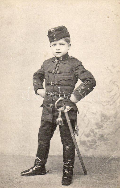 Gyerek katonai jelmezben, hátoldalon sorsjegy a szegénygyermek poliklinika javára, Child in military costume, charity lottery ticket on the backside