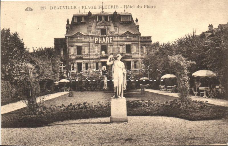 Deauville, Plage Fleure, Hotel de Phare