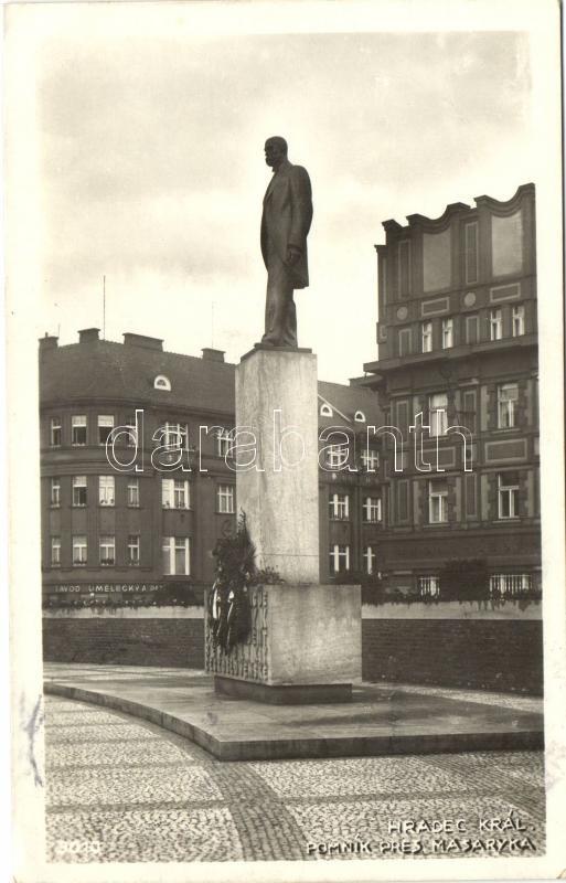 Hradec Králové, Pomnik Masaryka / statue