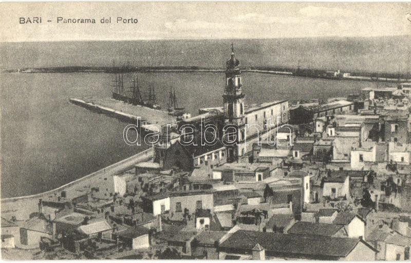Bari, port