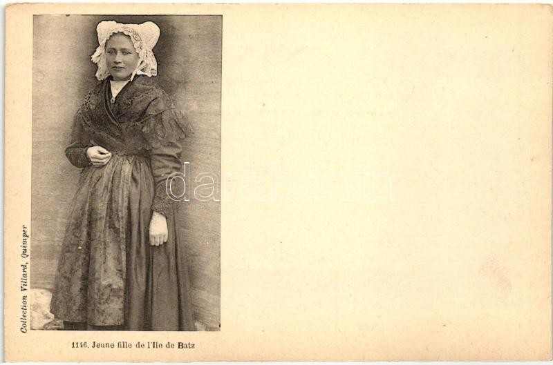 Jeune fille de l'Ile de Batz / French folklore